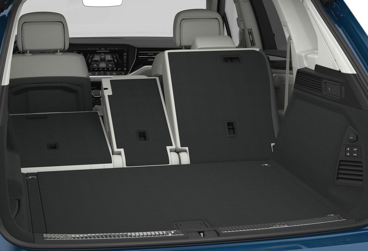 Багажник нового Volkswagen Touareg