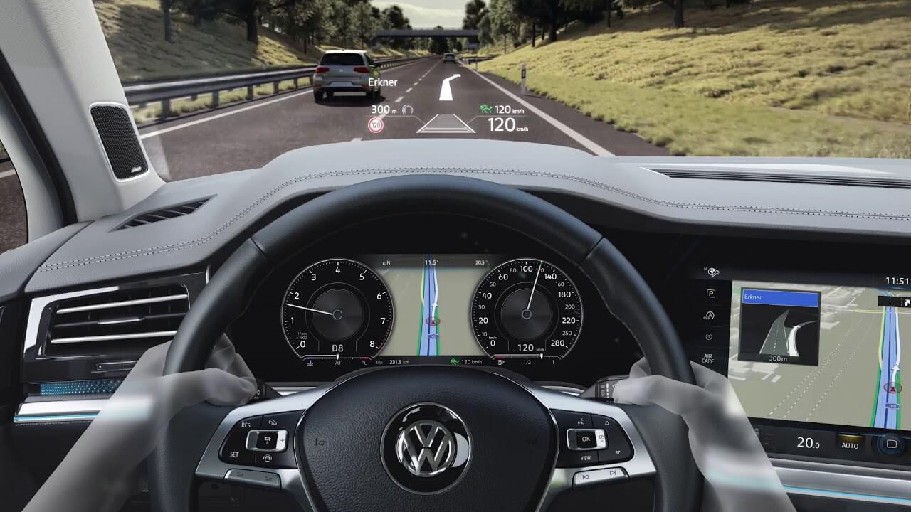 Дисплей Volkswagen Touareg 2018