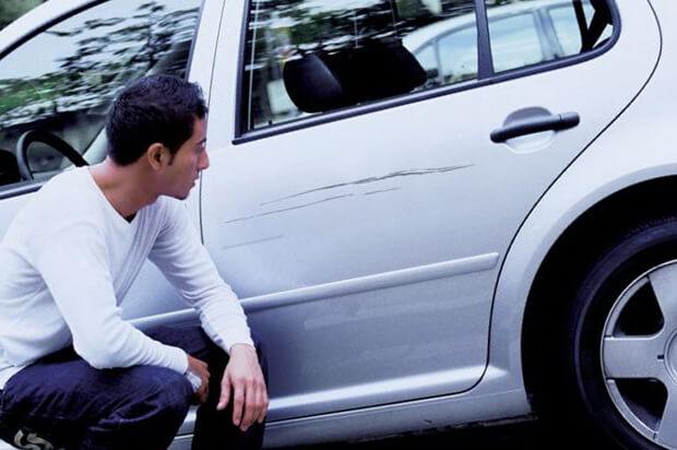 Удаление царапины на автомобиле самостоятельно
