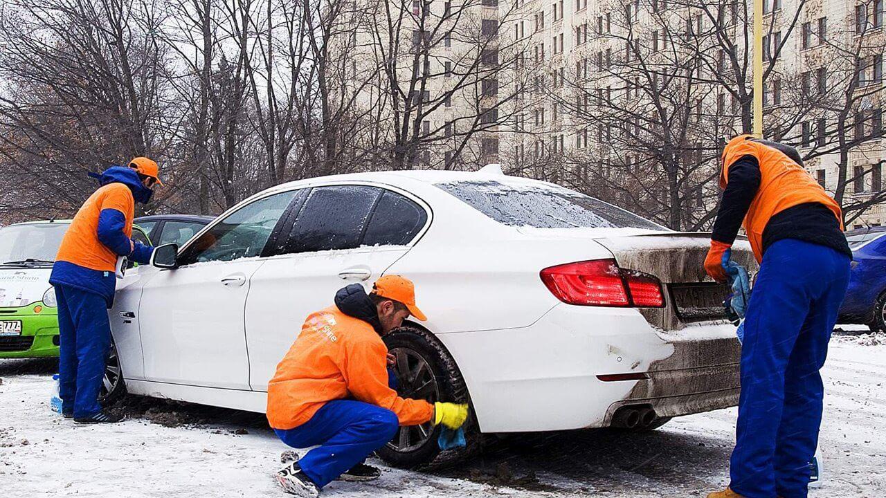 Как помыть машину зимой и не нанести вред ЛКП?